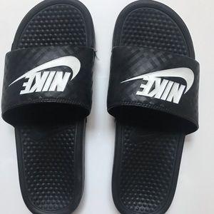 Black Nike Slides Size Women's 10